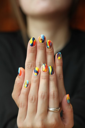 Køb penselset til nailart 15 stk. og skab dine egne personlige dekorative negle